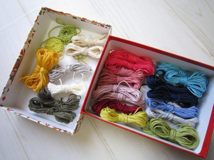 ブローチ用糸
